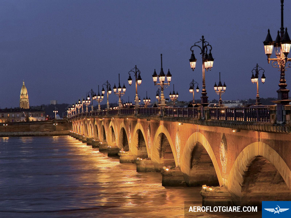 ve-may-bay-di-bordeaux-2
