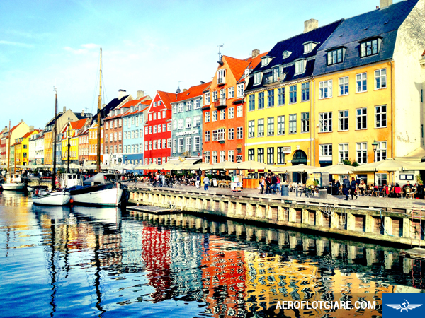 ve-may-bay-di-copenhagen-1