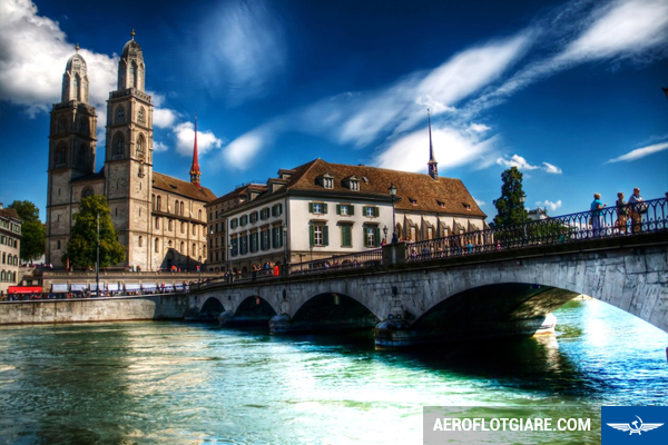 ve-may-bay-di-zurich-2