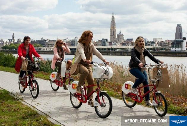 book vé máy bay giá rẻ đi Amsterdam