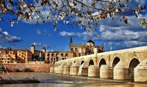 Những món quà nên mua khi du lịch Tây Ban Nha