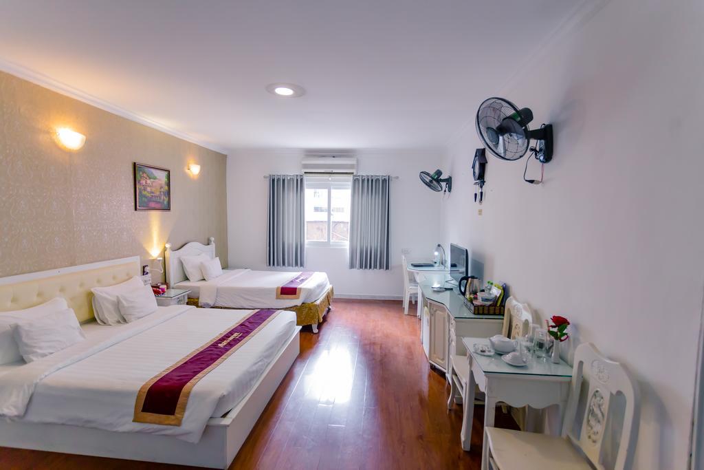 Phòng family Khách sạn A25 Mạc Thị Bưởi