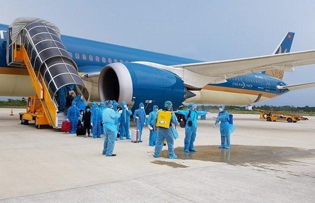 lịch trình chuyến bay từ Đức về Việt Nam đầu tháng 4