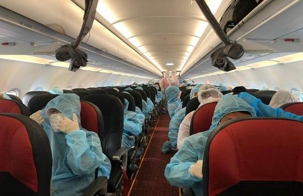 chuẩn bị cho chuyến bay từ Đức về Việt Nam đầu tháng 4