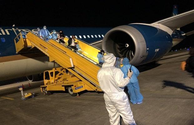 Thông tin cụ thể  chuyến bay từ Pháp về Việt Nam