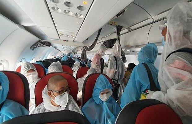 chuyến bay từ úc về việt nam tháng 4 lưu ý