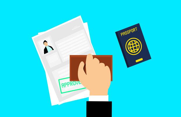 Thủ tục cần có đối với người Việt nhập cảnh