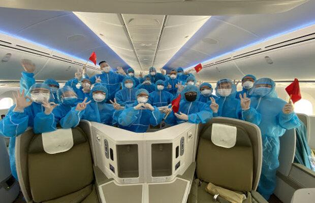 Các hành khách bắt buộc phải cách ly theo quy định của Sở Y Tế