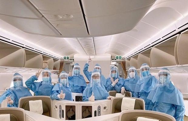 vé máy bay từ mỹ về việt nam dành cho ai